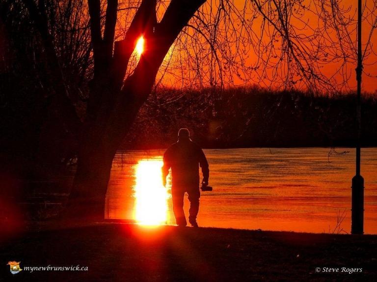 larry_sunset