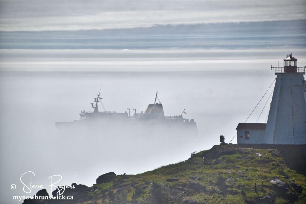 Foggy Swallowtail Lighthouse ©SJR_8013