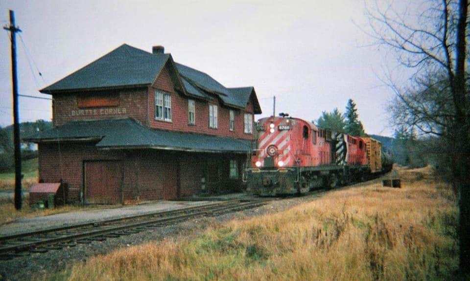 Burtts Corner Railroad Station 03
