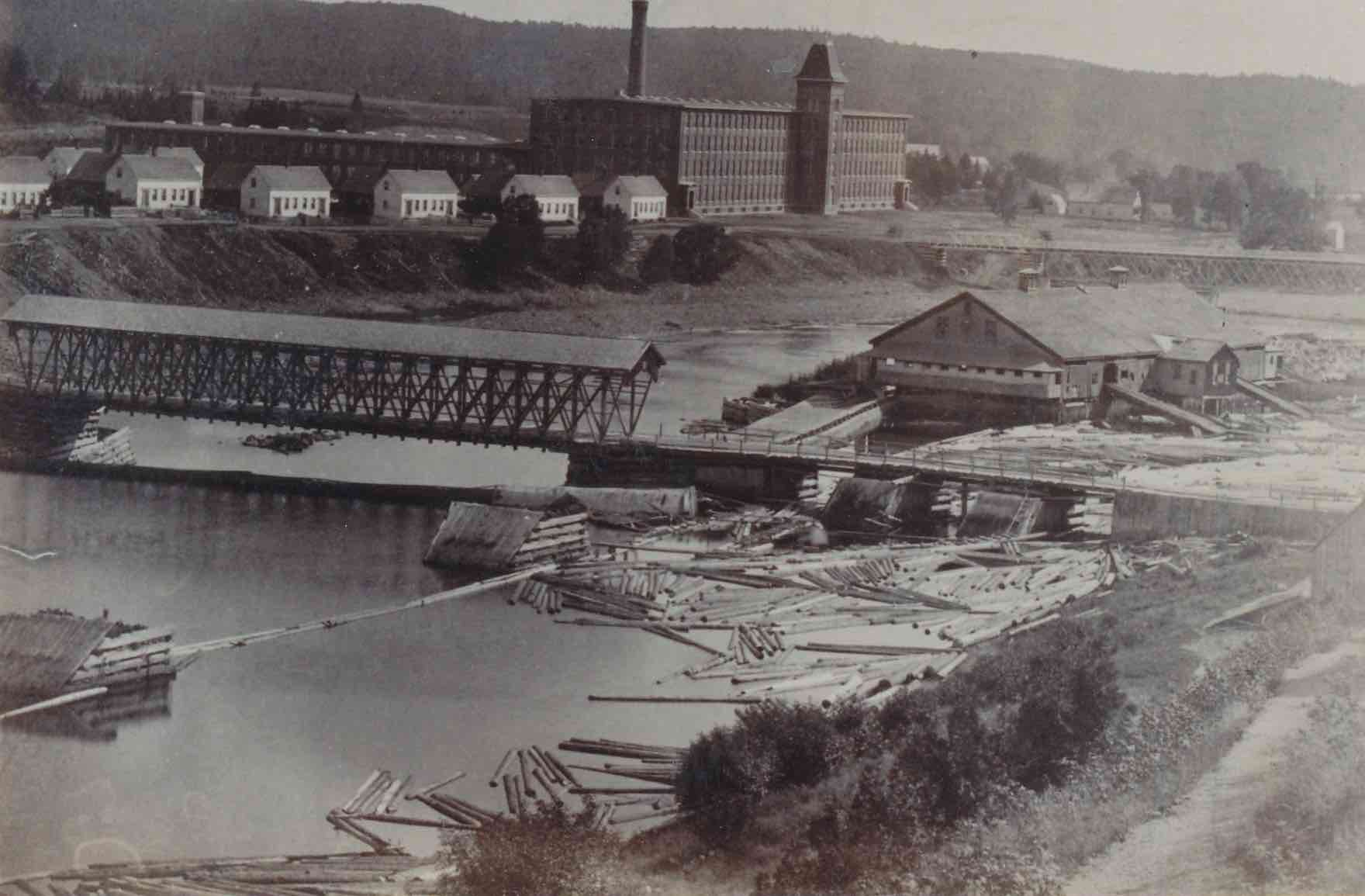 Gibsons-Cotton-and-Wool-Mill-1895