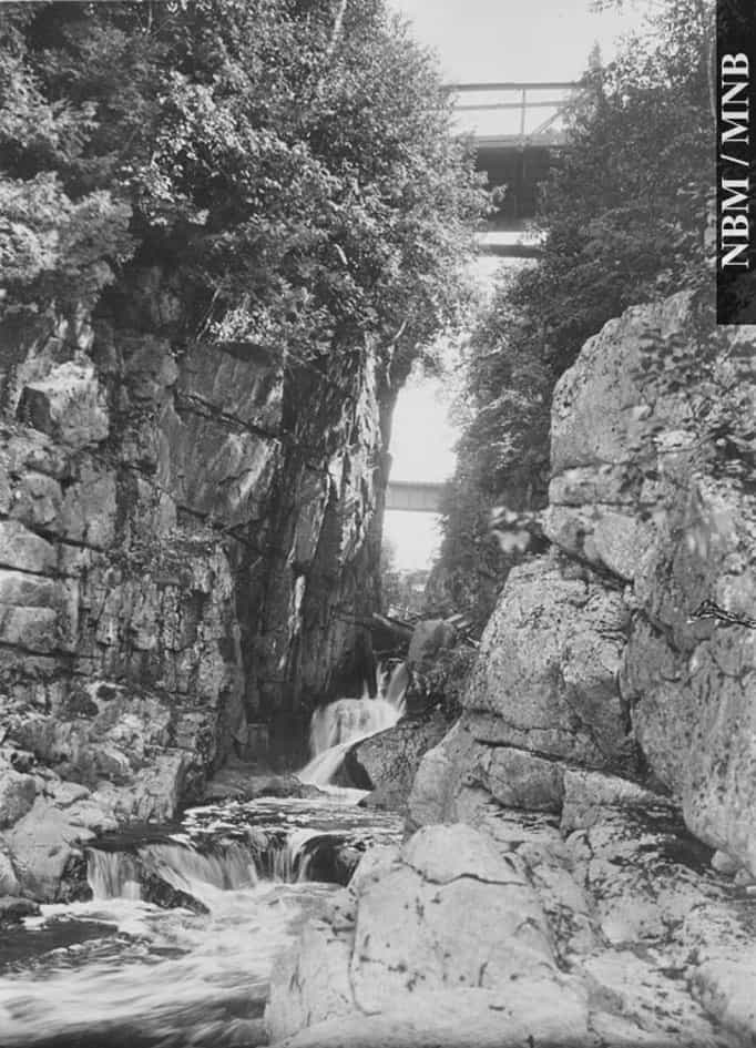 Pokiok-Lower-Falls-1987-17-971