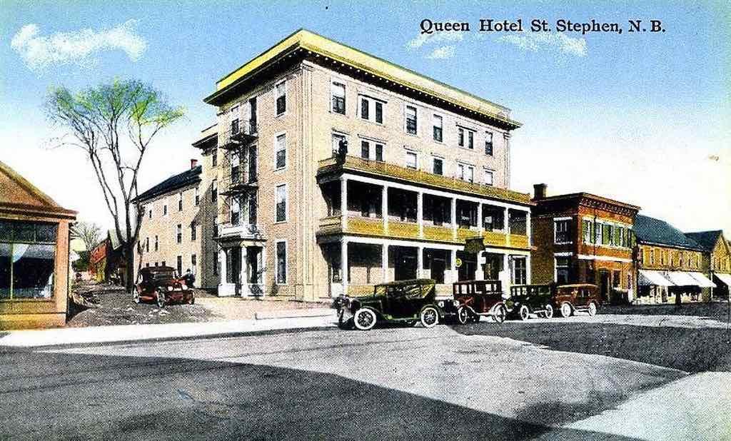 Queen Hotel St Staphen
