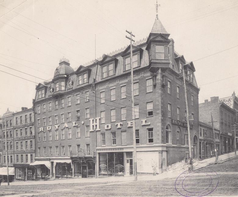 Royal Hotel in 1899 sj