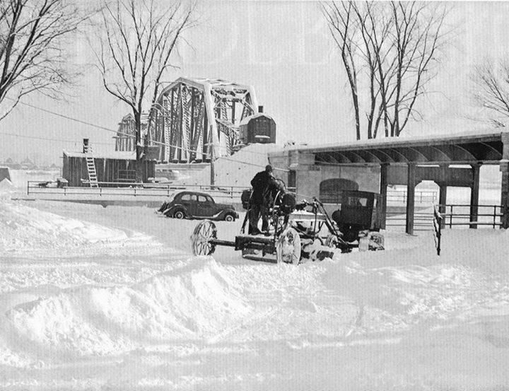 Snow plow 1937 Brunswick St F'ton NB