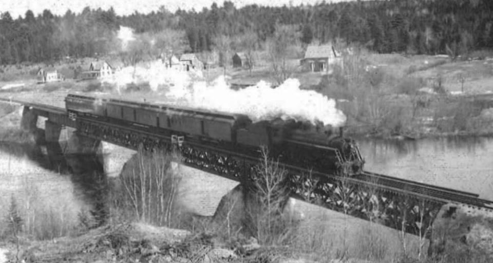 sandyville train