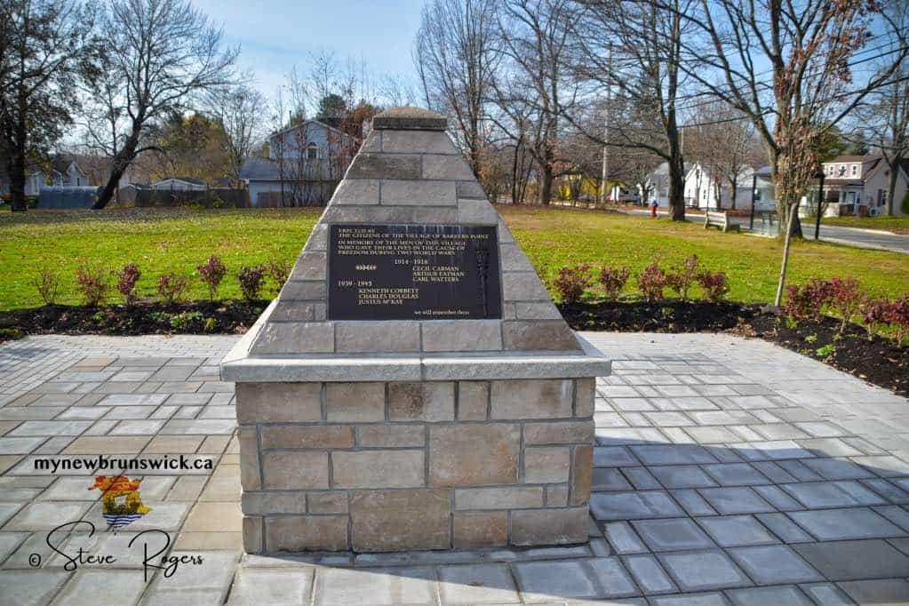 Barkers-Point-Cenotaph-©SJR_6779