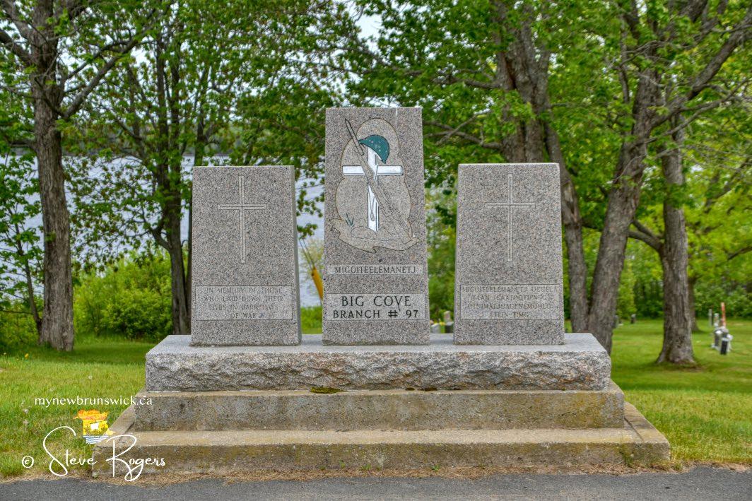 Big-Cove-Cenotaph-©SJR_2037