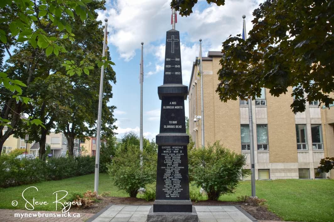 Cenotaph-Edmundston-NB-©SJR_9227
