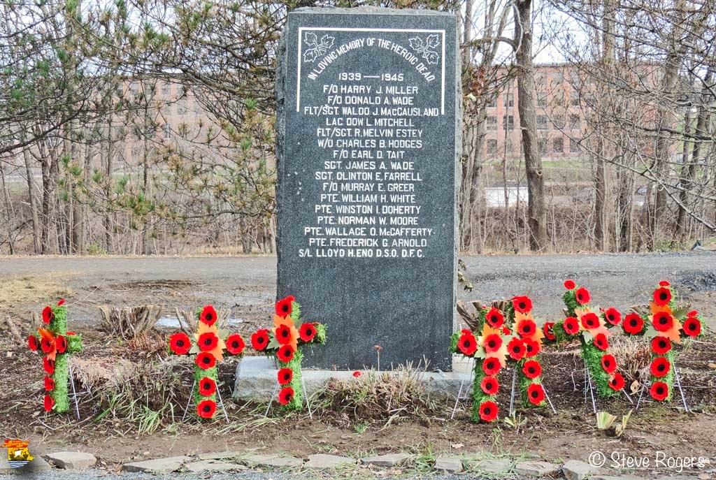 Cenotaph Marysville 011