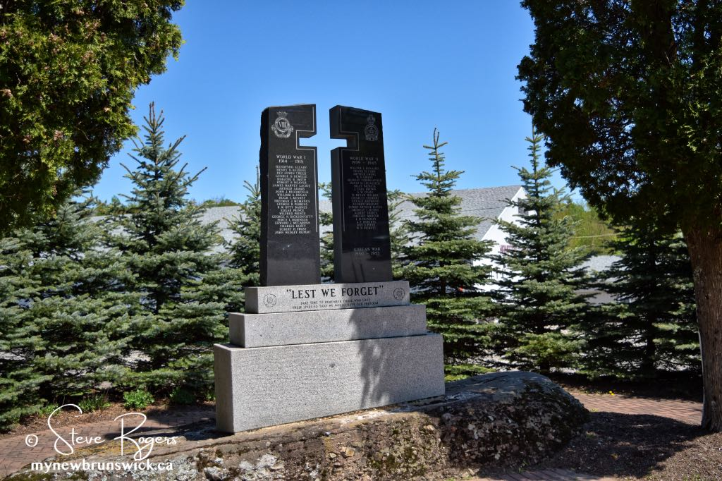 Hampton-Cenotaph-©SJR_7041