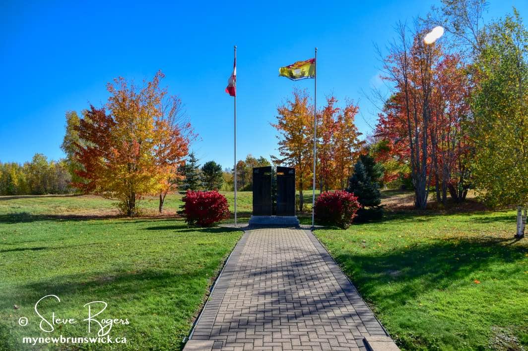Lakeville Corner NB Cenotaph ©SJR_0339