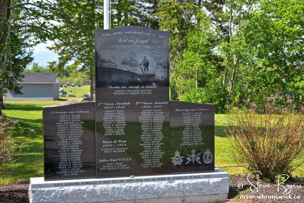 St Antoine NB Cenotaph ©SJR_7585