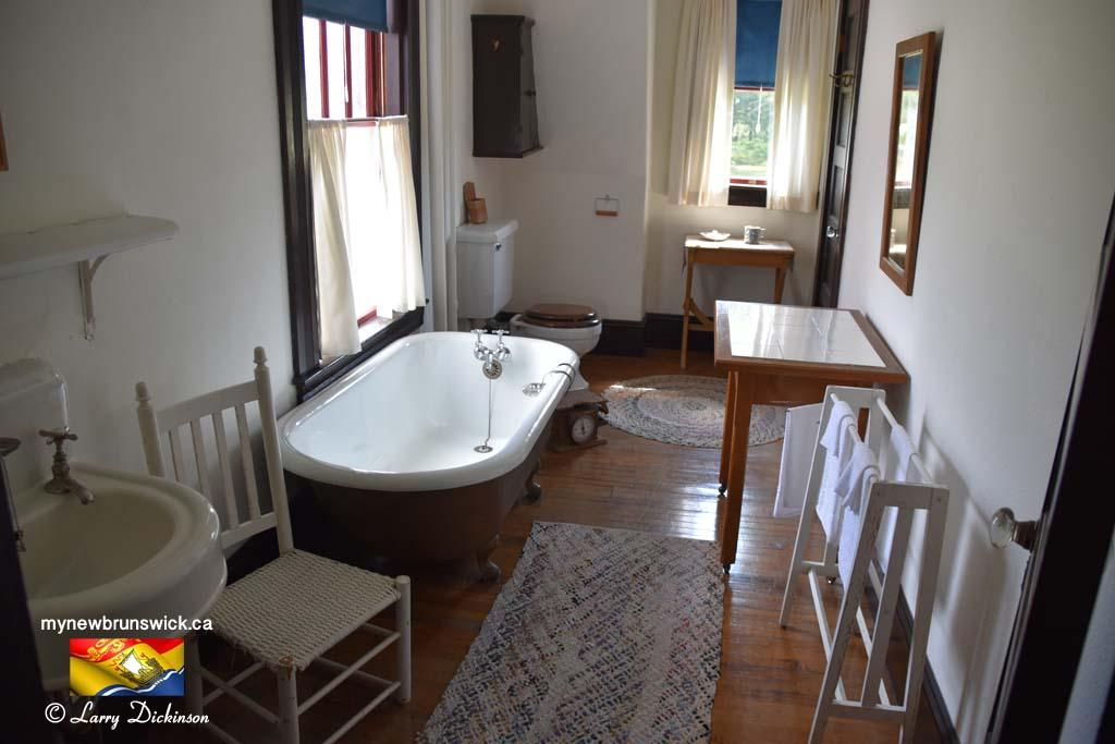 Bathroom Roosevelt Cottage Campobello©LDD_6470