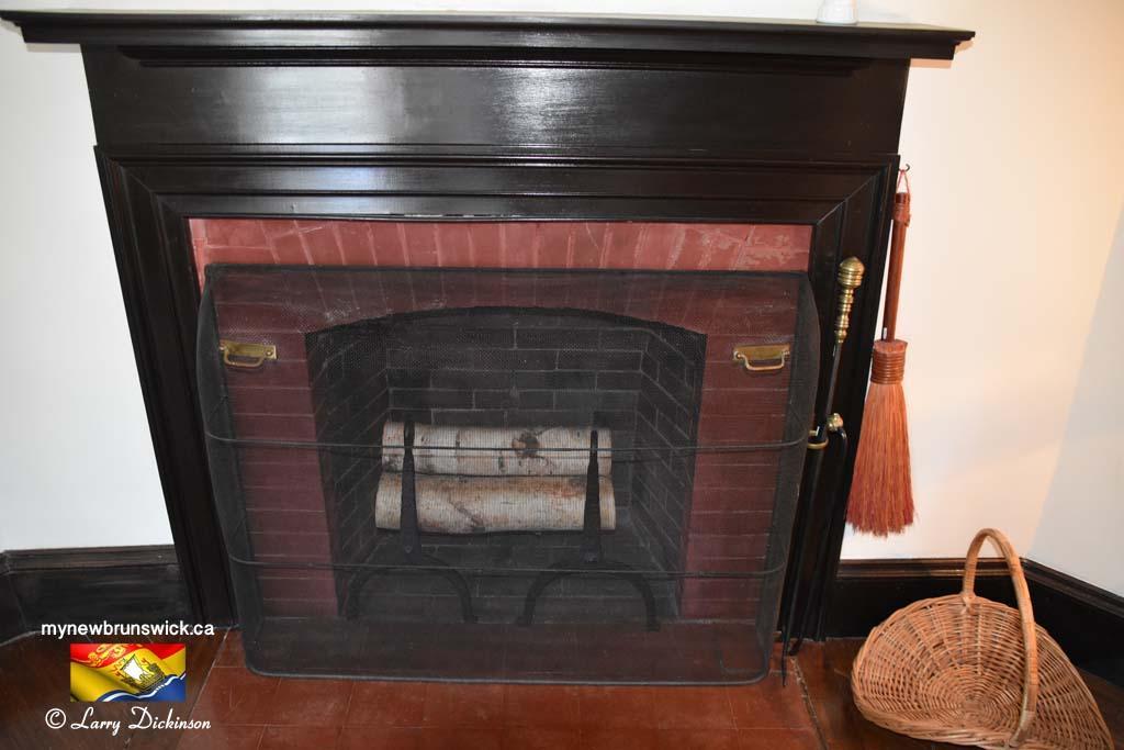 Fireplace Roosevelt Cottage Campobello©LDD_6468