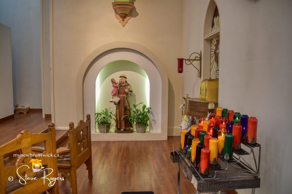 St-Anthonys-Church-©SJR_4000