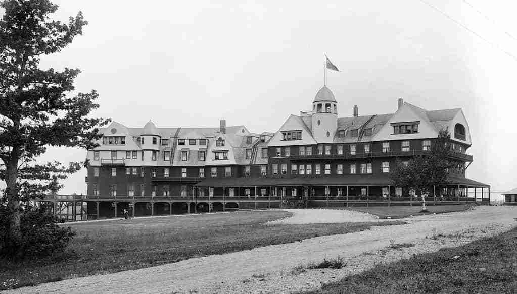 Algonquin Hotel in St. Andrews in 1914