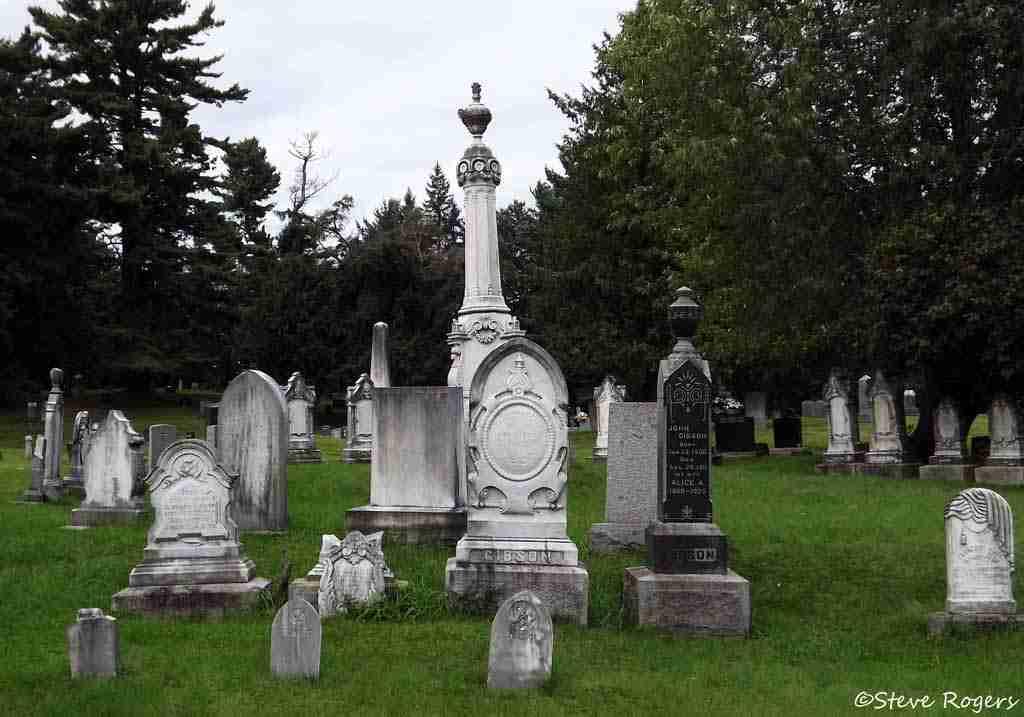 """Alexander """"Boss"""" Gibson Burial site"""