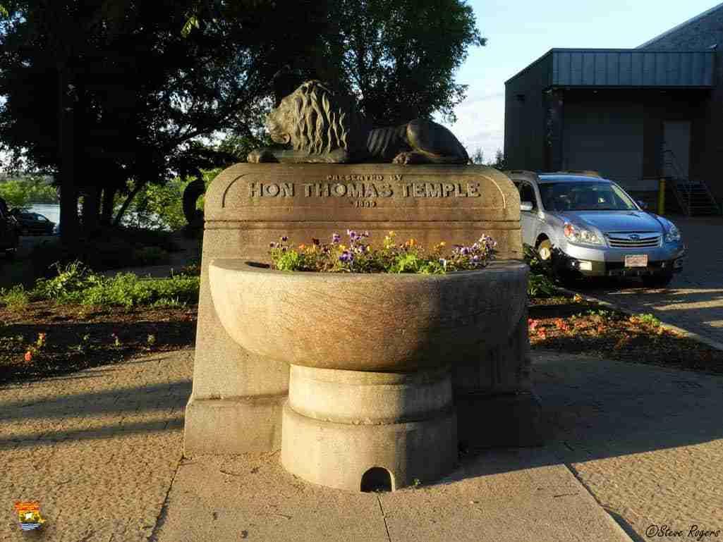 Thomas Temple Fountain