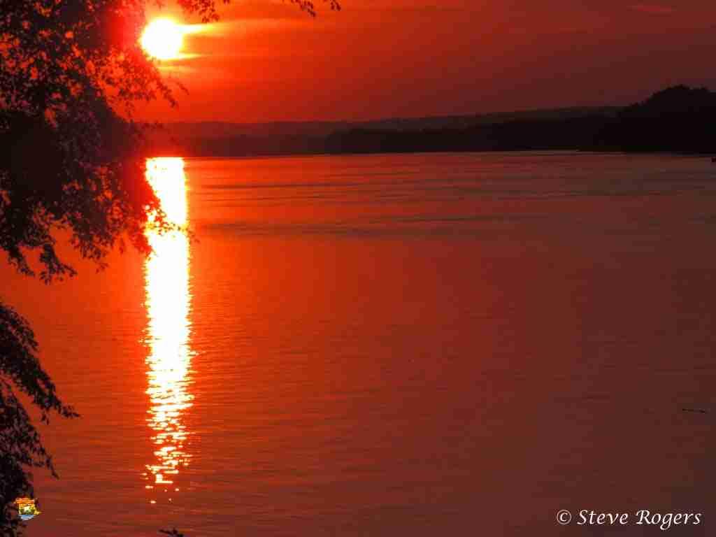Delta sunset 01