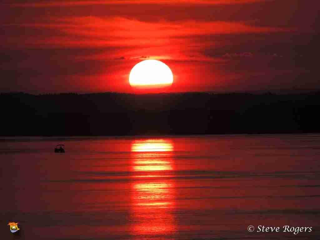 Delta sunset 07