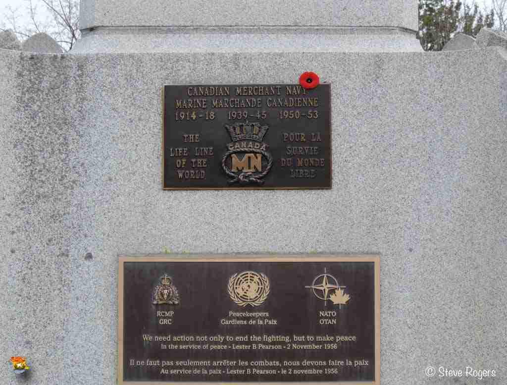 Cenotaph Fredericton 015