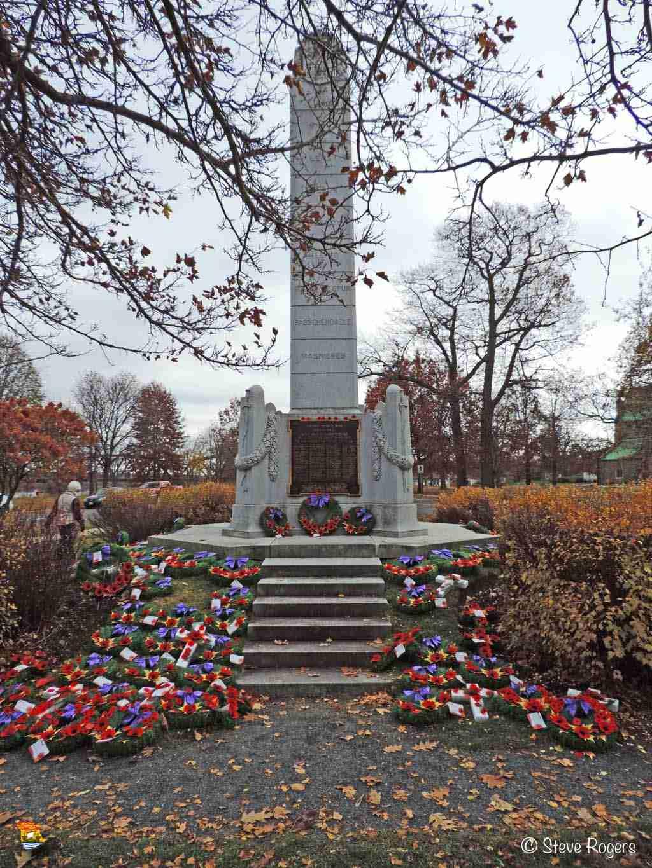 Cenotaph Fredericton 016