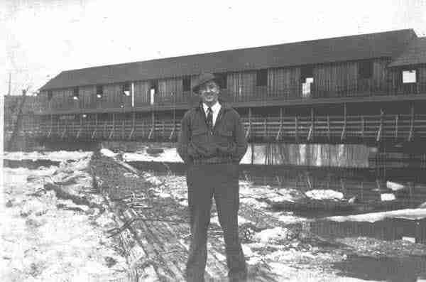 This was the original Barkers point covered bridge which burned in 1940.
