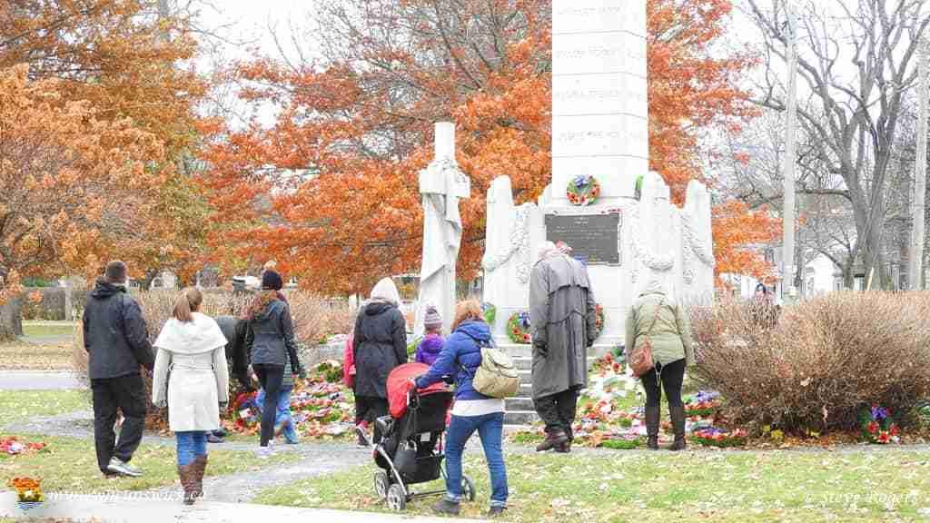 Fredericton Cenotaph 2015 02