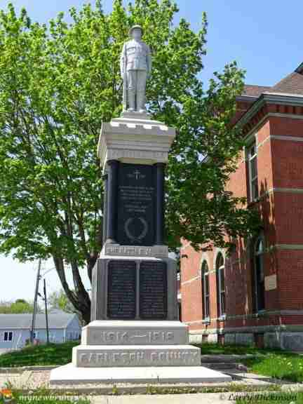 Cenotaph in Woodstock, NB