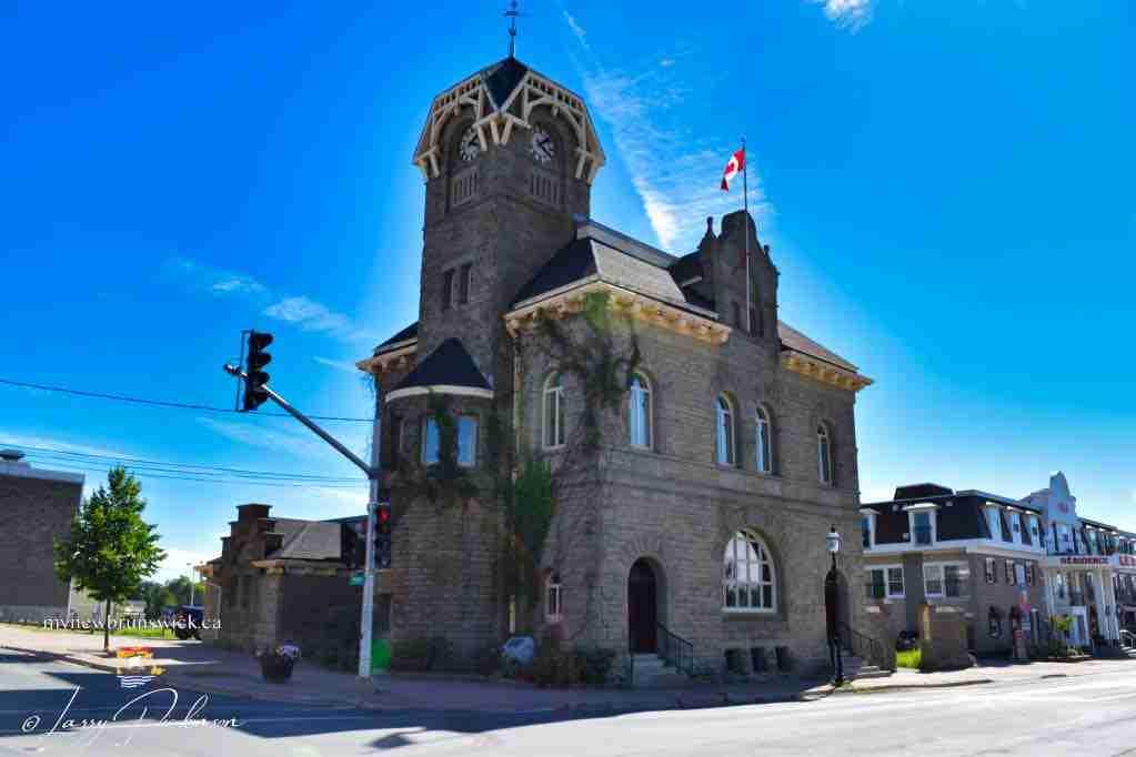 Bathurst Post office