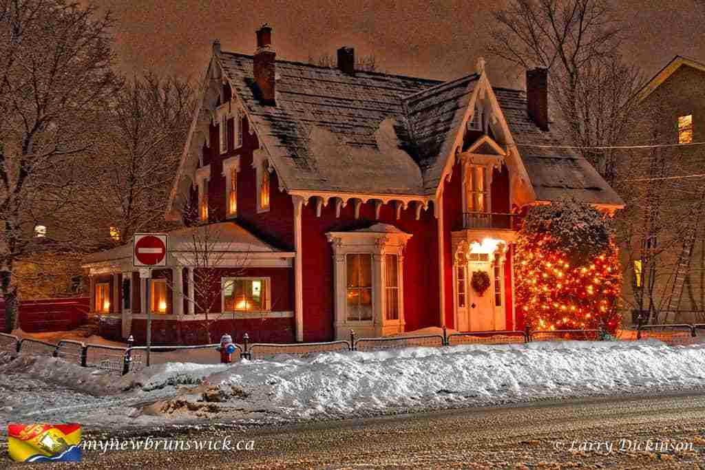 Christmas Decorations Fredericton 2016