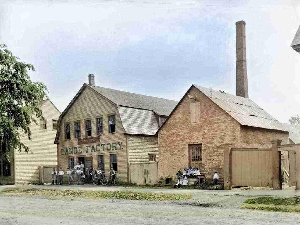 Chestnut Canoe Factory