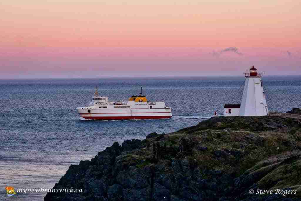 Ferry leaving Grand Manan