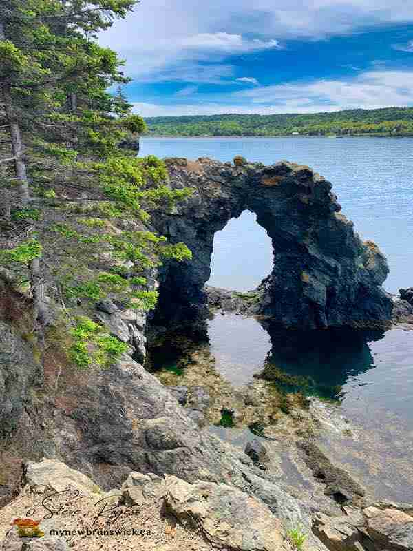 Hole-In-the-Wall, Grand Manan NB