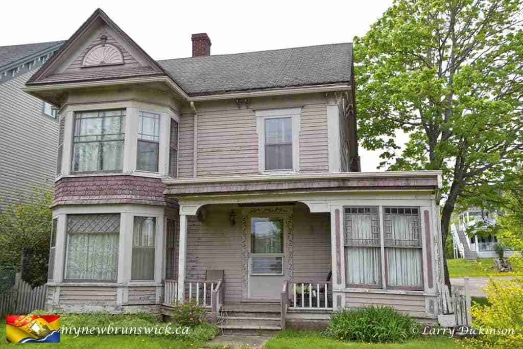 Allison Peck House – Hillsborough