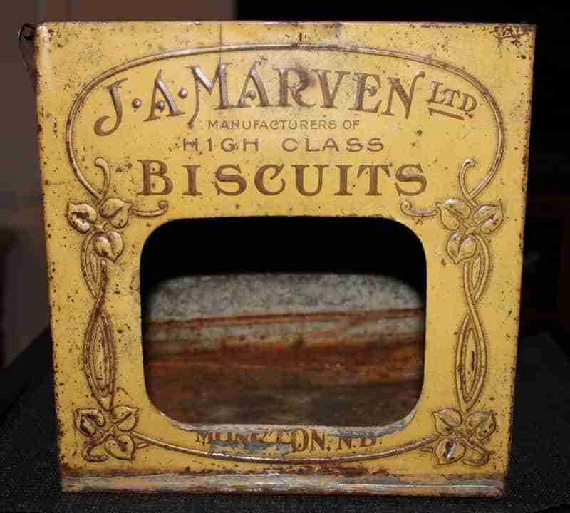Marvin Biscuit Can