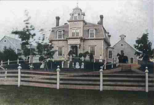 Marcus Barlow Palmer House circa 1900