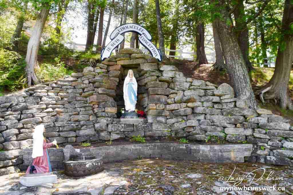 Our Lady of Lourdes Grotto - Saint-Louis-de-Kent