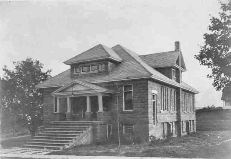 Peck Memorial Hall, Hillsborough