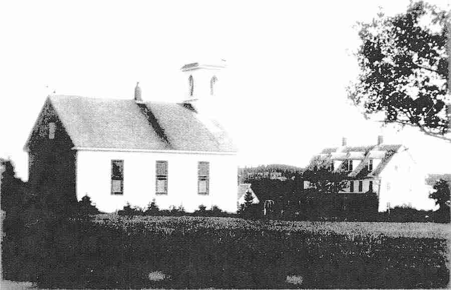 North Head Baptist Church with Rose Cottage in the background